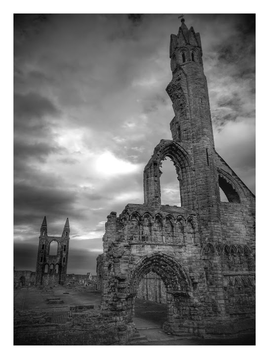 st-andrews-cathedral-black-and-white